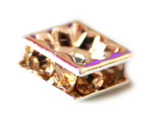 7mm square, yellow colored rondels in silver colored metal.-0