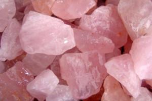 Rough rose quartz - one kilogram-0