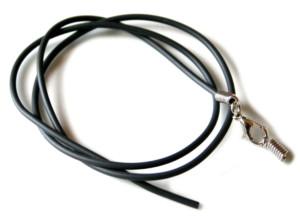 Black rubber string w clasp, 2mm, 55cm