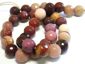 8mm faceted Mookaite bead string, 38cm