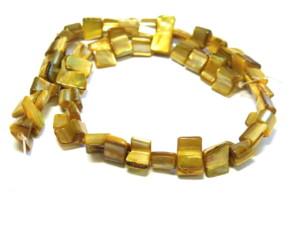 Shell string cubes honey mustard 38cm long.