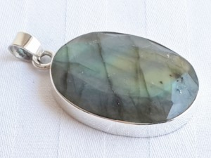 Labradorite facetted pendant in 92.5 silver 38mm-0