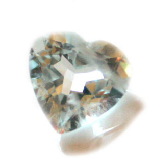 3.25ct Aquamarine heart shaped cutstone