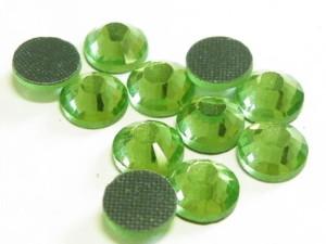 144 Hotfix Rhinestones, 4mm, Green