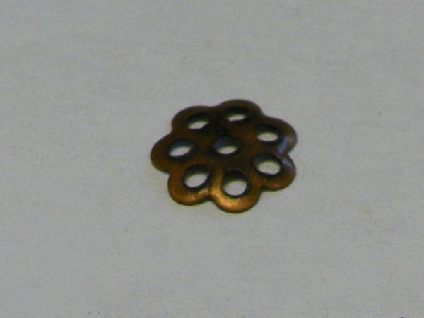 20x Copper Daisy Flower Pattern Beadcap, 5.5mm