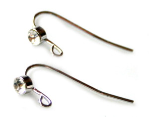 Nickel free earring pair, rhinestone design, 24mm