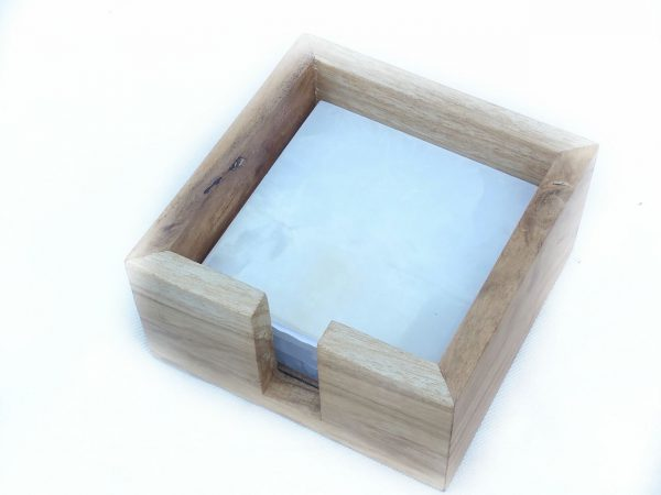 Aragonite coaters with wood lid container 5.5 cm high