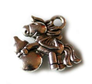2 x Pony charm, 16mm
