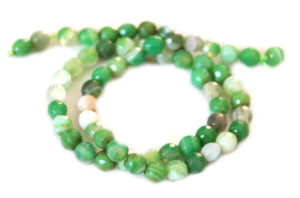 Green colored agate bead string, 6mm, faceted, 40cm