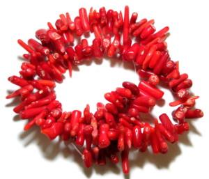 Red coral bead string, 8-15mm, sticks, 38cm