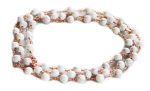 Howlite necklace, gold base, 90cm