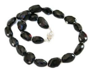 Onyx tumble bead necklace, 60cm