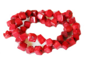 Red coral bead string, 7-8mm, squares, 38cm