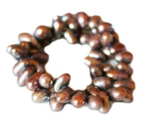 Puce freshwater pearl string, side-drilled, ringed potato, 8-9mm, 35cm
