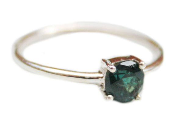 Alexandrite ring in 925 silver, 18mm ID