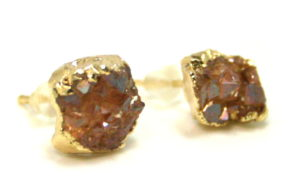 Druzy stud earrings, gold base, 10mm
