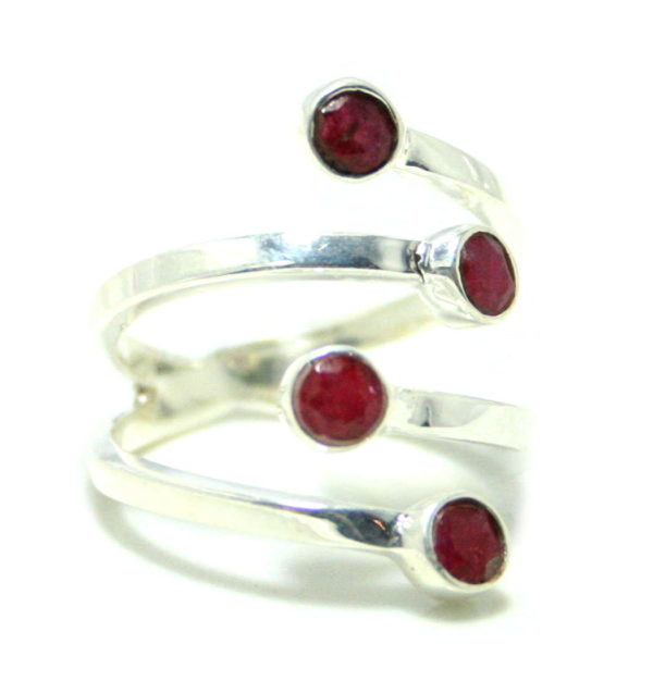 Ruby ring in 925 silver, 19mm ID