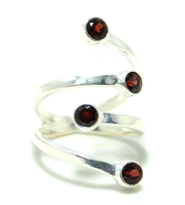 Garnet ring in 925 silver, 18mm ID